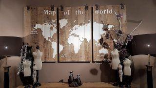Wereldkaart luik hout afm per paneel in