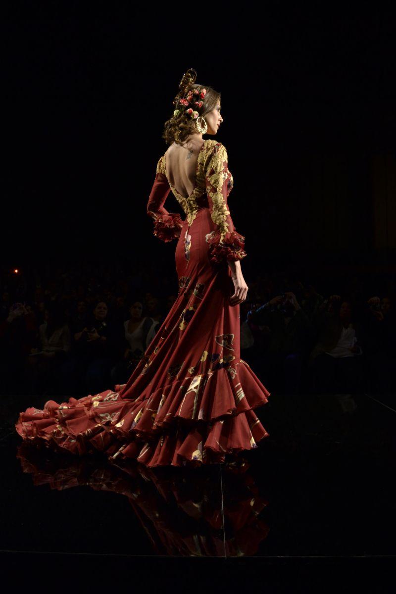 "Lina runway presentation, ""Flamenco"", at the International Flamenco Fashion Show (Salón Internacional de la Moda Flamenca (SIMOF)), 2013"