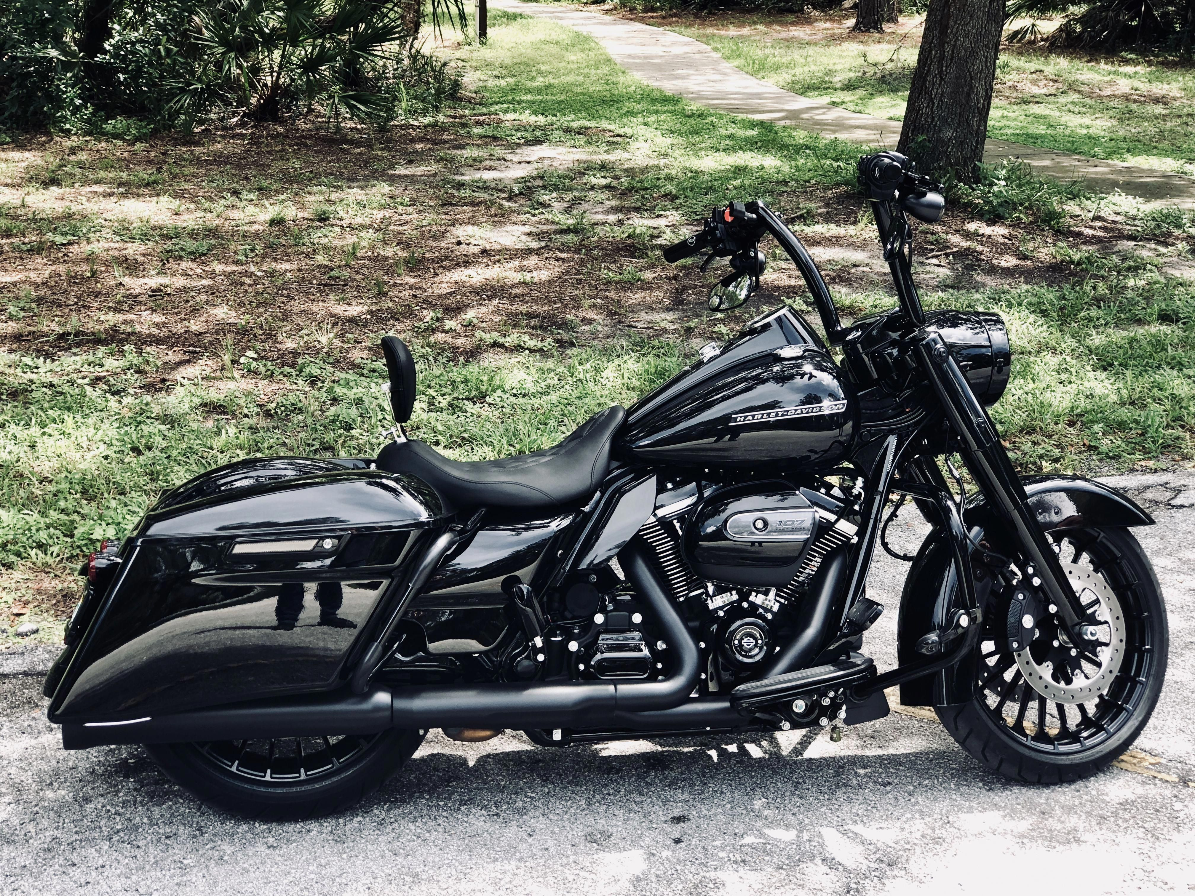 Harley 2018 Road King Special Bestofharleydavidsonstreetglide Harleydavidsonroadking Harley Davidson Motorcycles Road King Road King Harley Road King