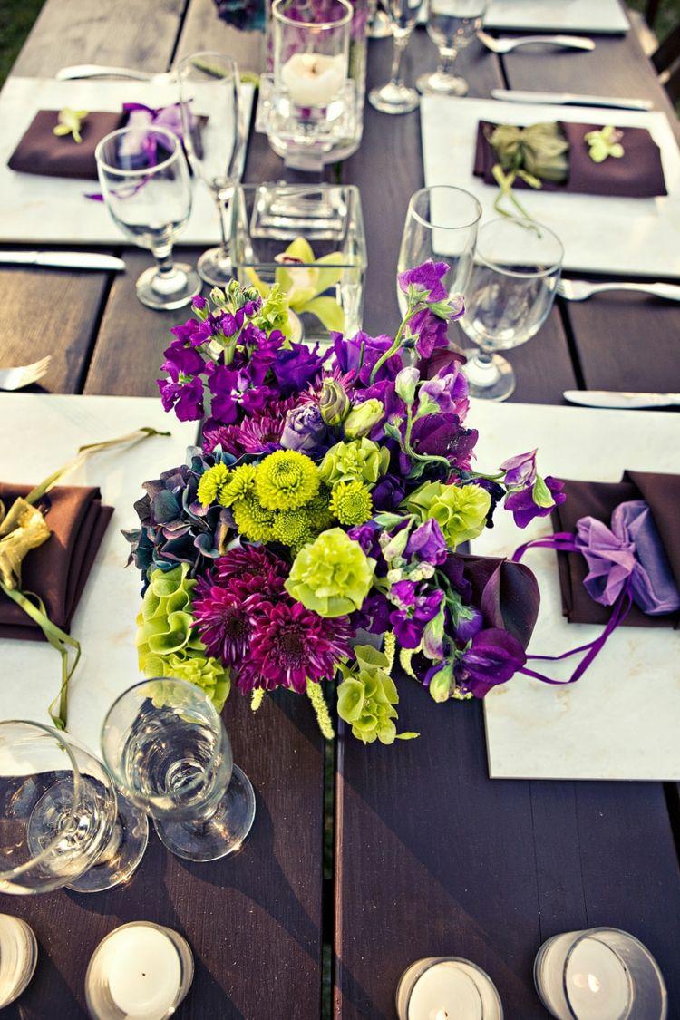 Tischdeko f r hochzeit blumen in gr n und lila alles for Lila und grun mischen