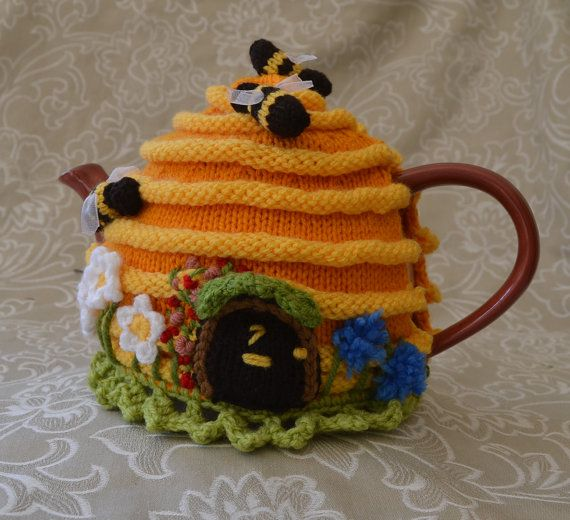 Bee Hive Home Tea Cozy - 4-6 cup found at https://www.etsy.com ...