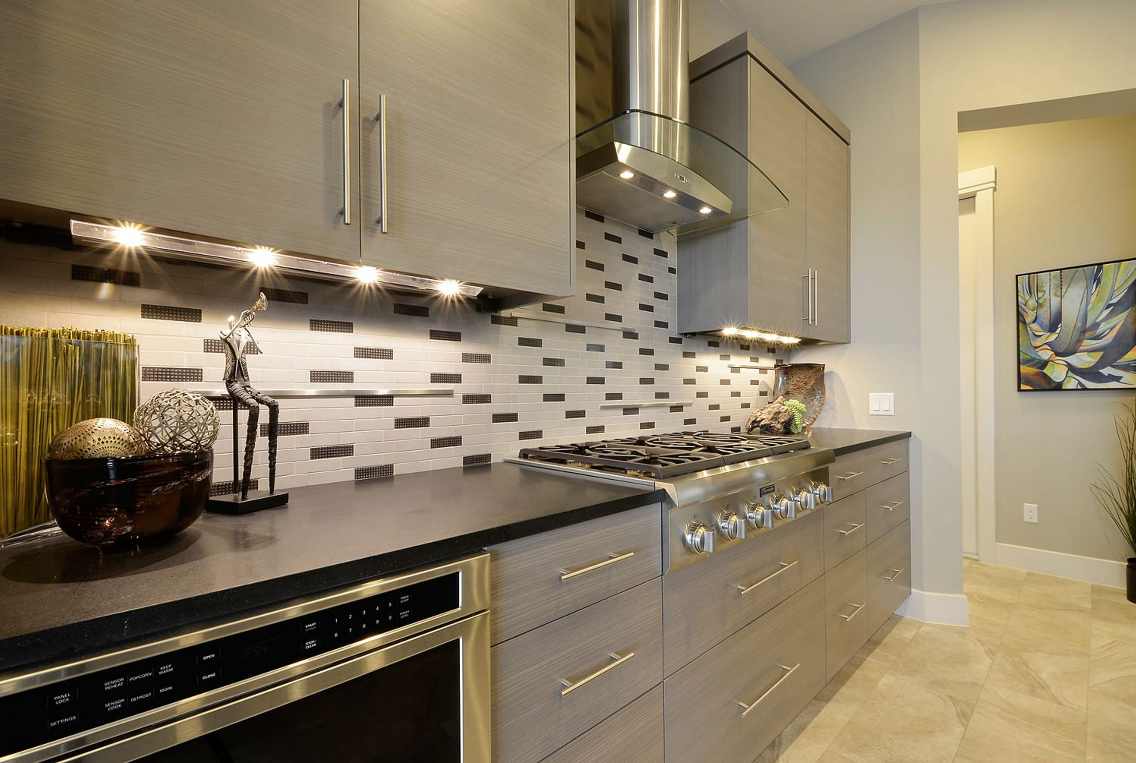 Low Voltage Light Tape Strips Are Used As Accent Pieces Below Cabinets Above Cabinets Inside Ca Interior Design Kitchen Kitchen Trends Kitchen Design Trends