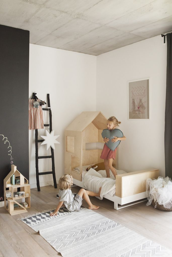 Chambre enfant, lit maison en bois Oscar\u0027s room in Mexico ideas