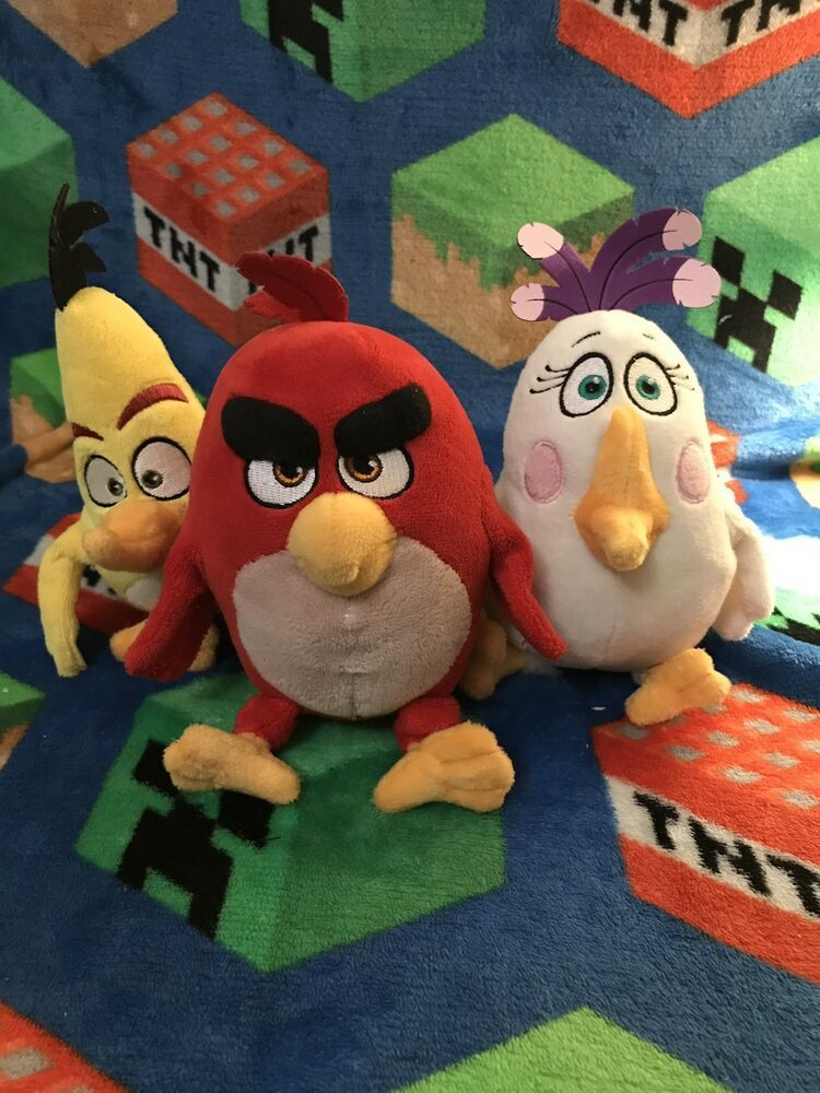 Lot Of 3 Angry Bird Plush From The Angry Birds Movie Red Chuck And Matilda   a00b2ef9e1f2