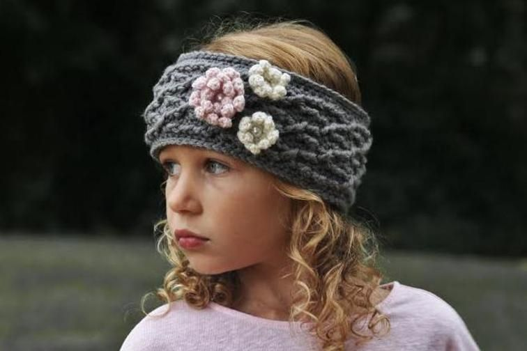 These quick and easy crochet flower headband patterns are great accessories  for both children and adults. Make one for yourself 4f34ae01a8e