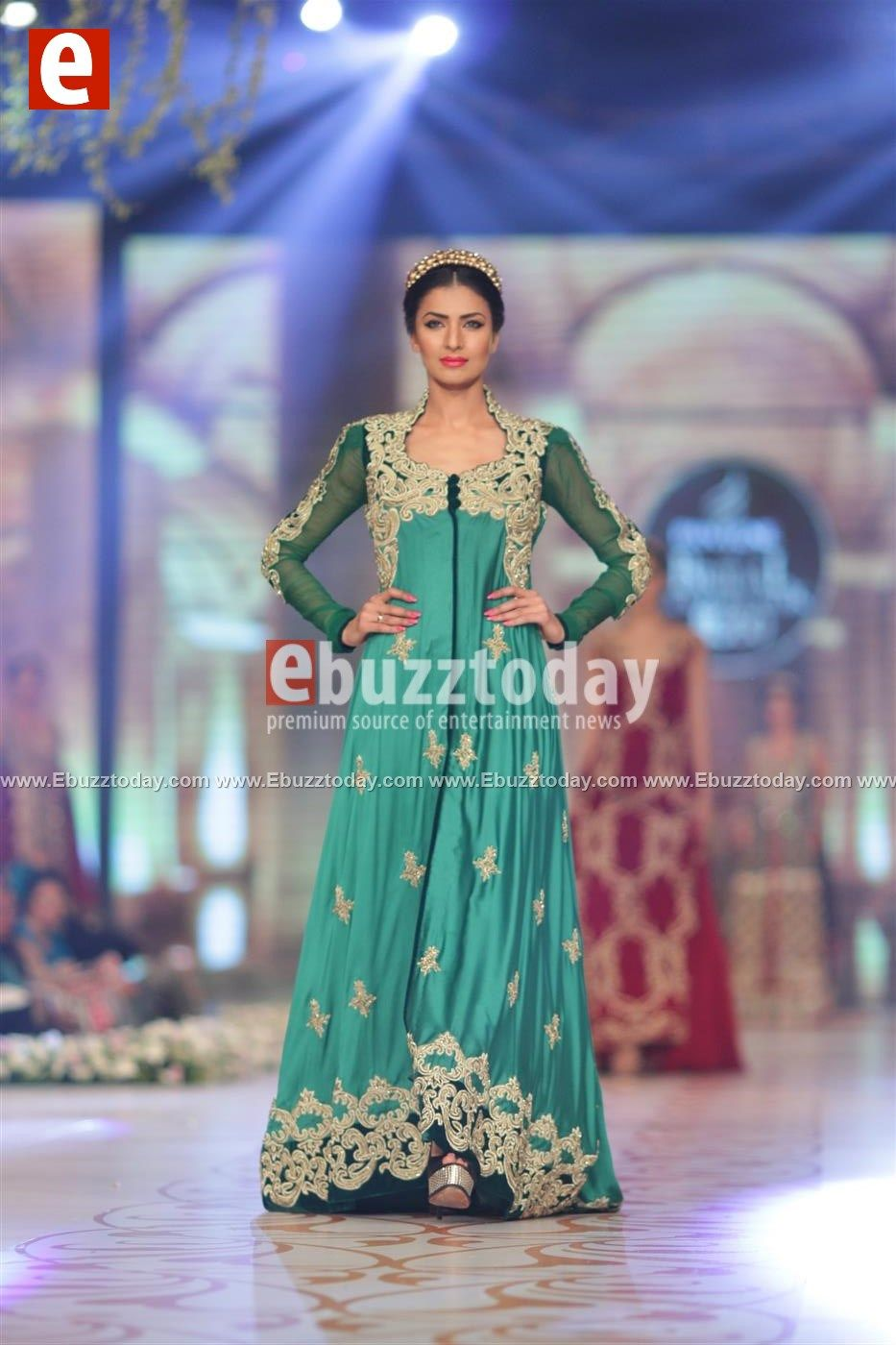 PakistanFashionWeek Tabassum Mughal at Bridal Couture Week 2014 ...