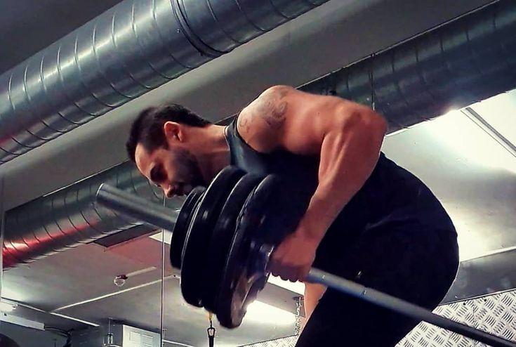 Du bist gegen dich .. #gym #gymlife #gymmotivation #workout #backday    - Fitness - #backday #BIST #...