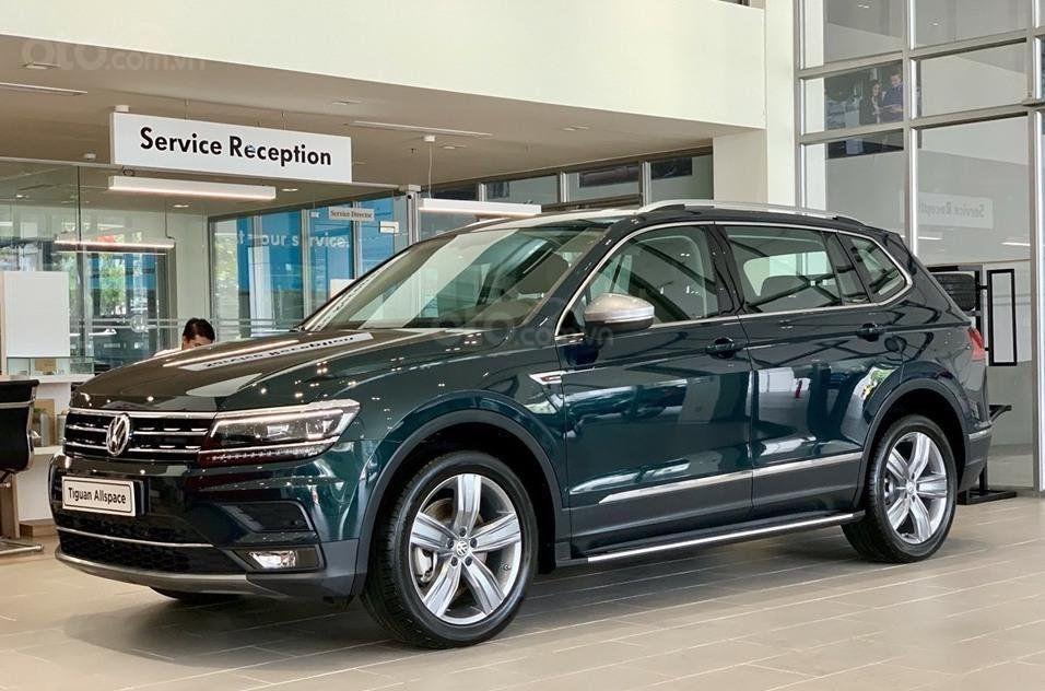 Gia Sau Giảm 1 529 000 000 Vnđ Tiguan Allspace 2020 Xe đức 7 Chỗ Off Road Cực đa Danh Cho Ai đam Me Xe đức Trong 2020 Volkswagen Giấm Cho