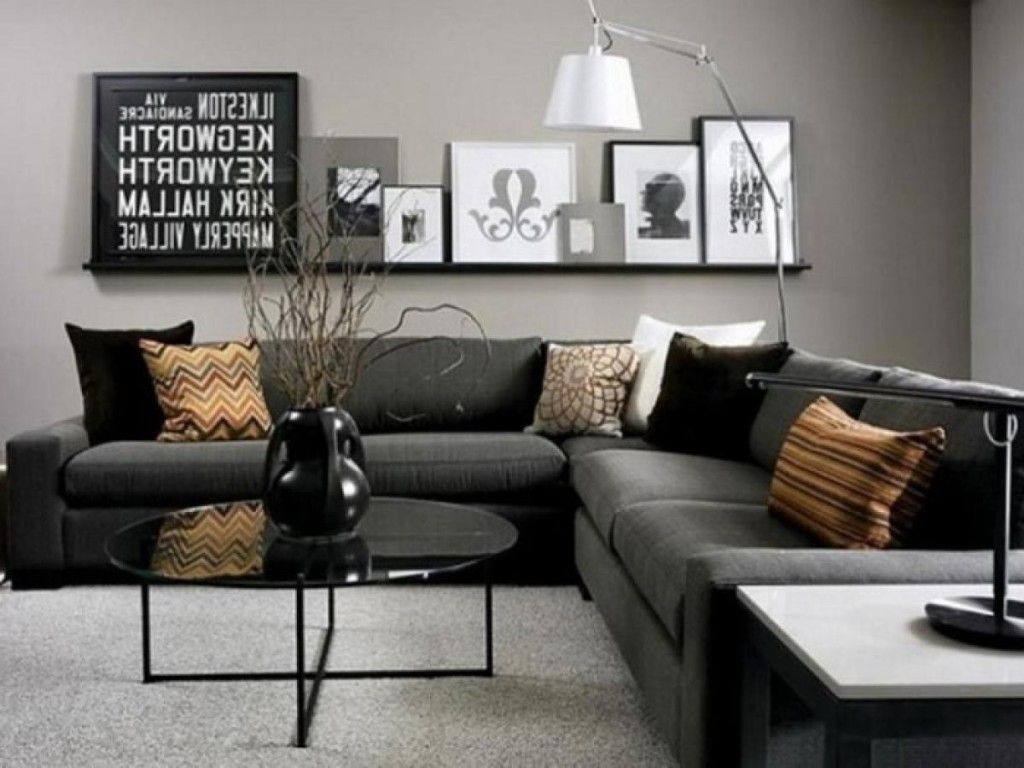 Simply Black And Dark Gray Living Room With Art Of Frame For