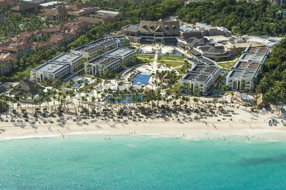 Royalton Punta Cana Resort and Casino is an exclusive luxury oasis in the Dominican Republic that caters to both couples and families