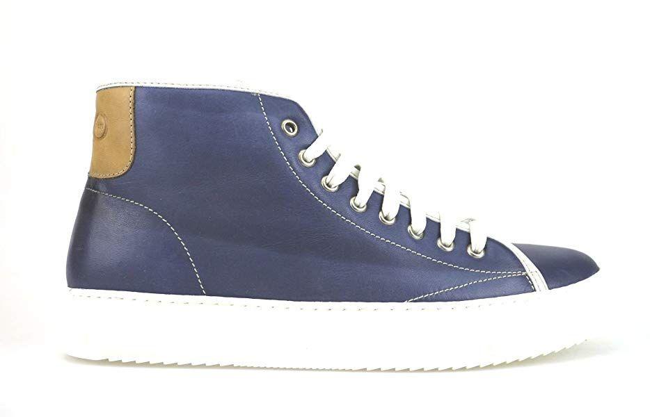 reputable site 8bf32 46ee4 Amazon.com | Liu Jo Sneakers Man Blue Leather AH378 (7 US ...