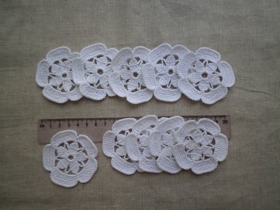 White crochet flower motifs, irish lace, white flower applique, Irish crochet flower applique, wedding decor #irishcrochetflowers