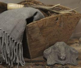 Oud houten zaaibak 383824
