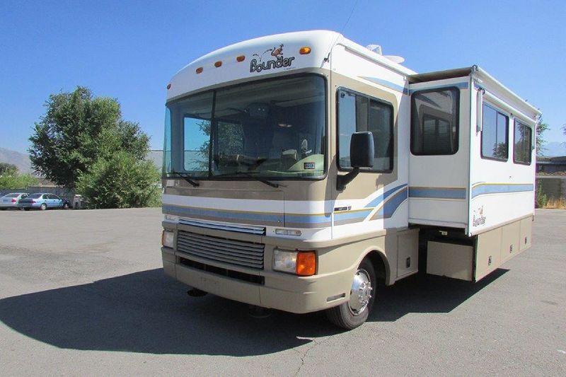 1999 Fleetwood Bounder 34v For Sale Salt Lake City Ut Rvt Com Classifieds Fleetwood Recreational Vehicles Fleetwood Bounder