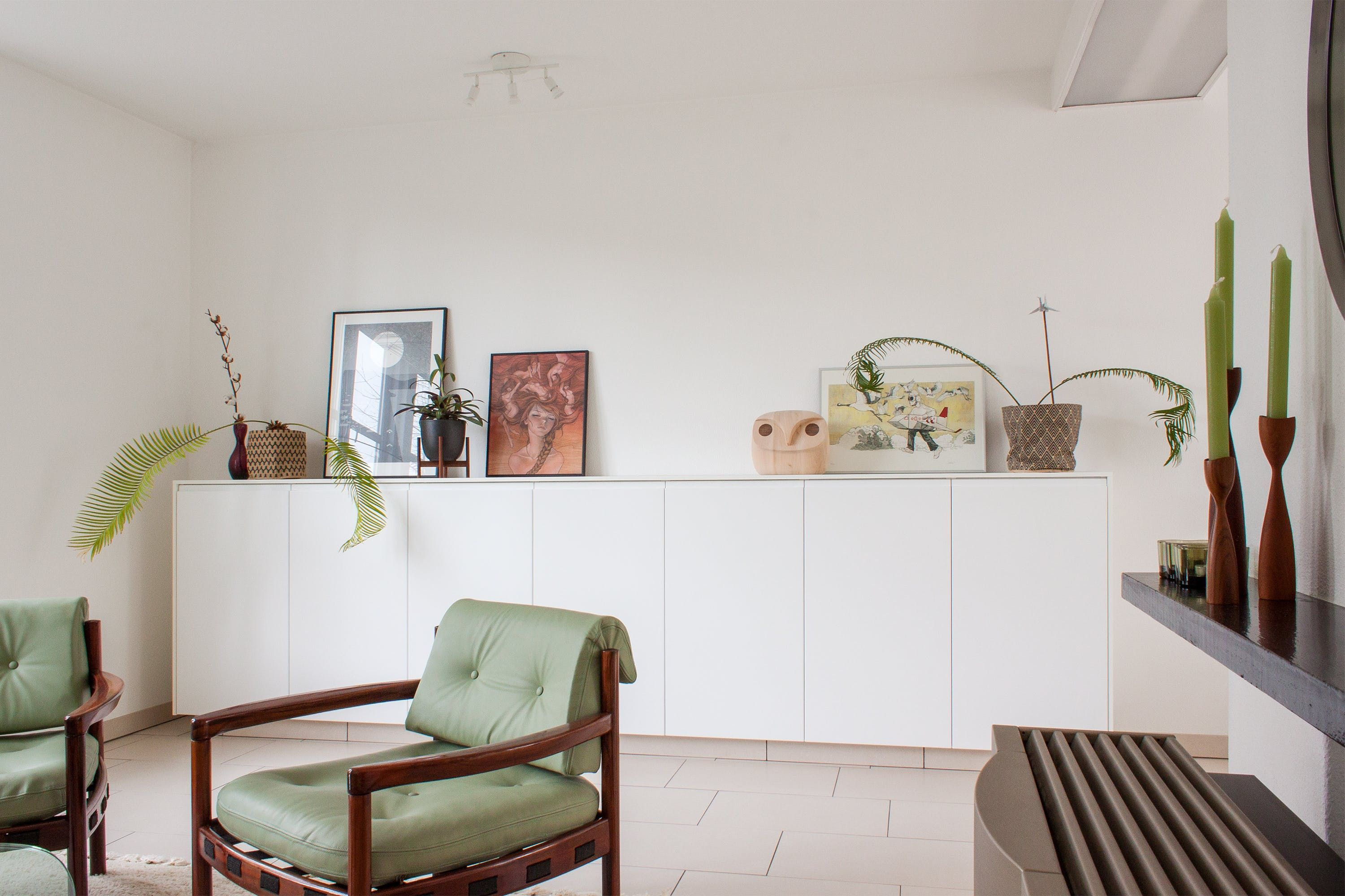 This Dutch Home Will Make You Love Mint Green & Aubergine | Pinterest