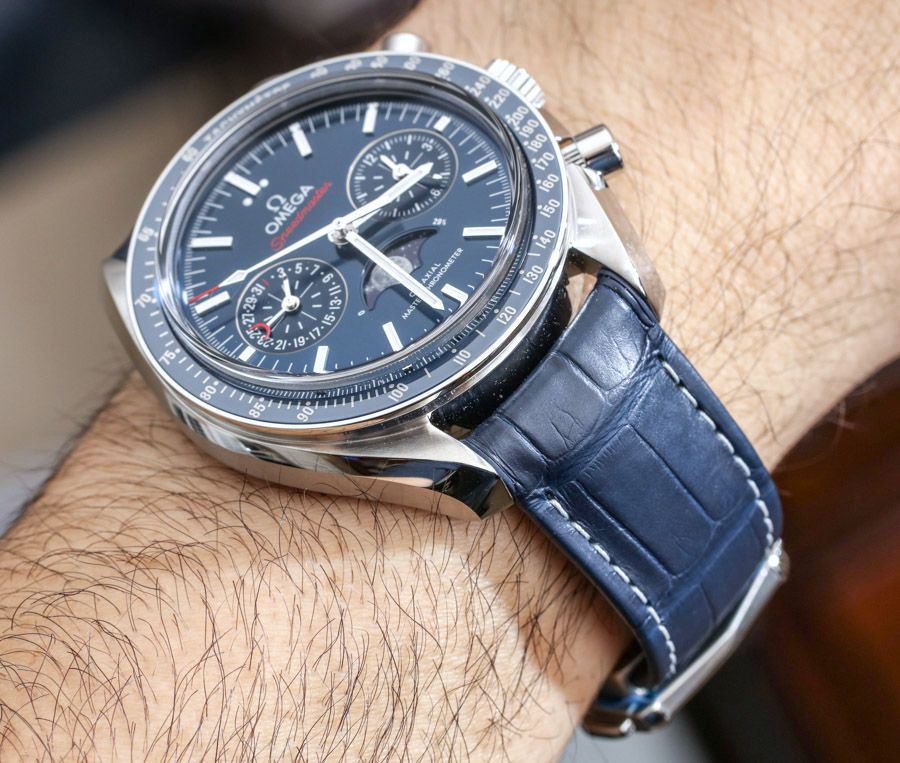7ef1ec29aa9e1 Omega Speedmaster Moonwatch Co-Axial Master Chronometer Moonphase  Chronograph Watch Review