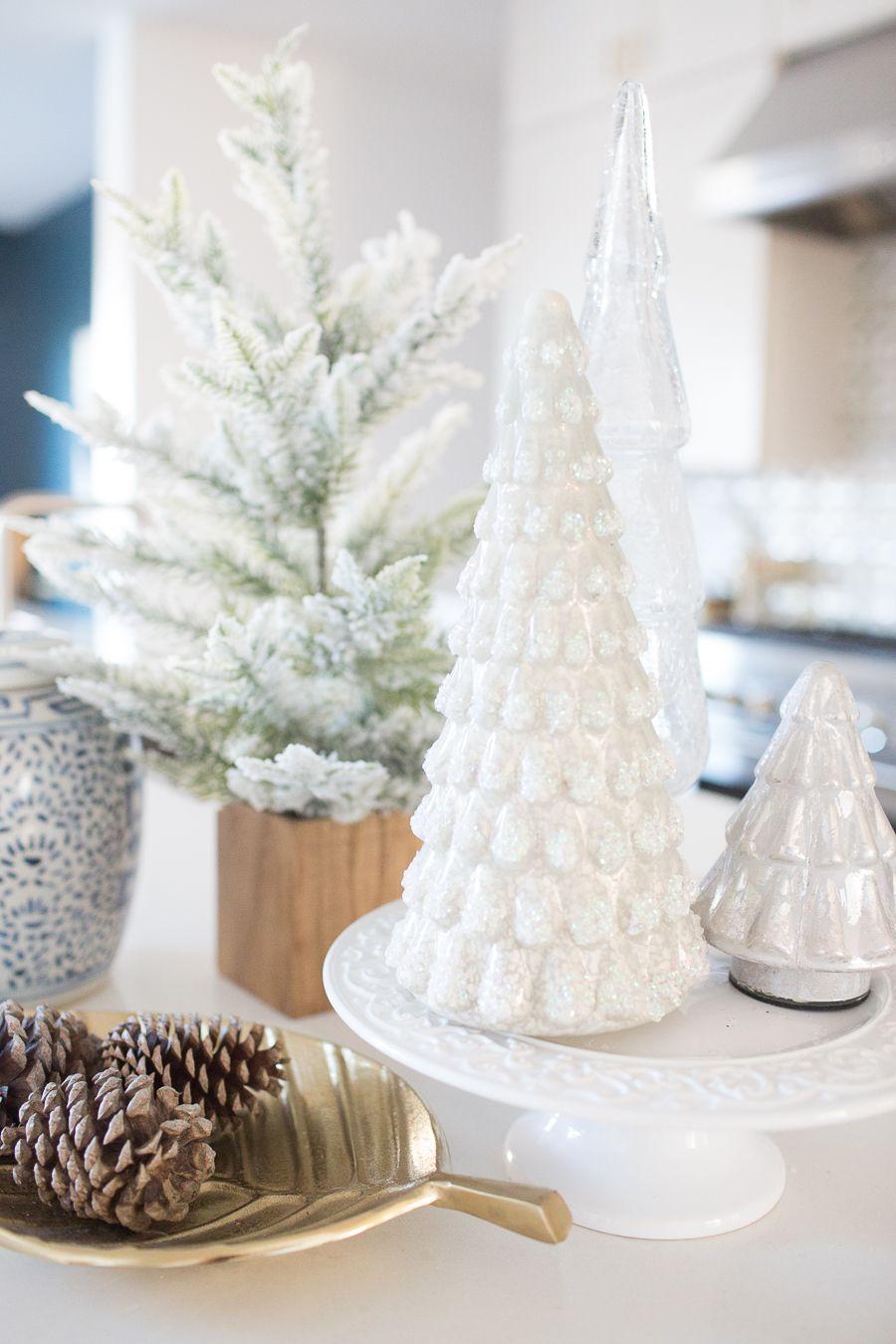 10 Tips for Budget Christmas Decorating | xmas | Pinterest | Design ...