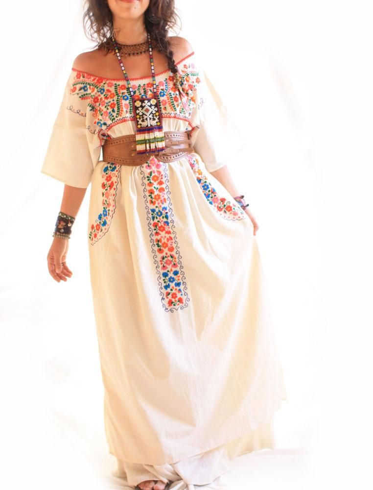 2b1af57ad73 Mexican embroidered Maxi dress