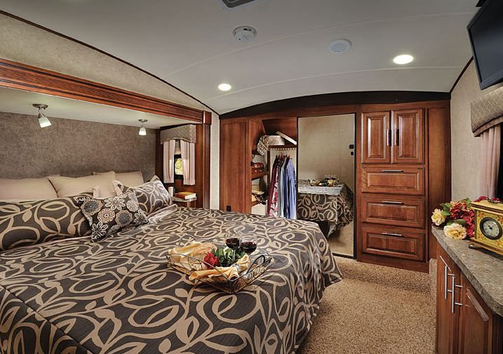 2015 Forest River Wildcat 327CK Master Bedroom