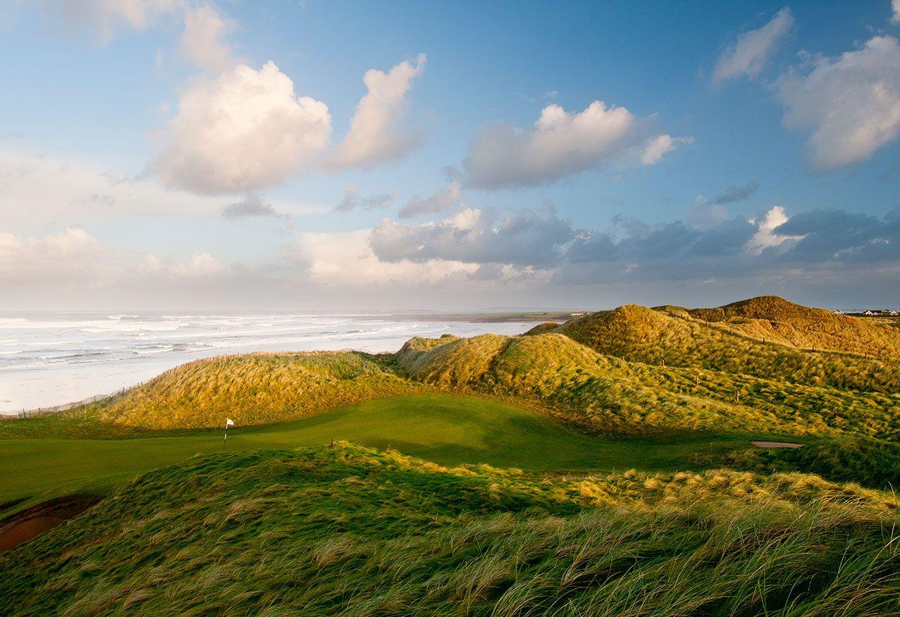 Oceanfront Golf Course Resort, International hotels