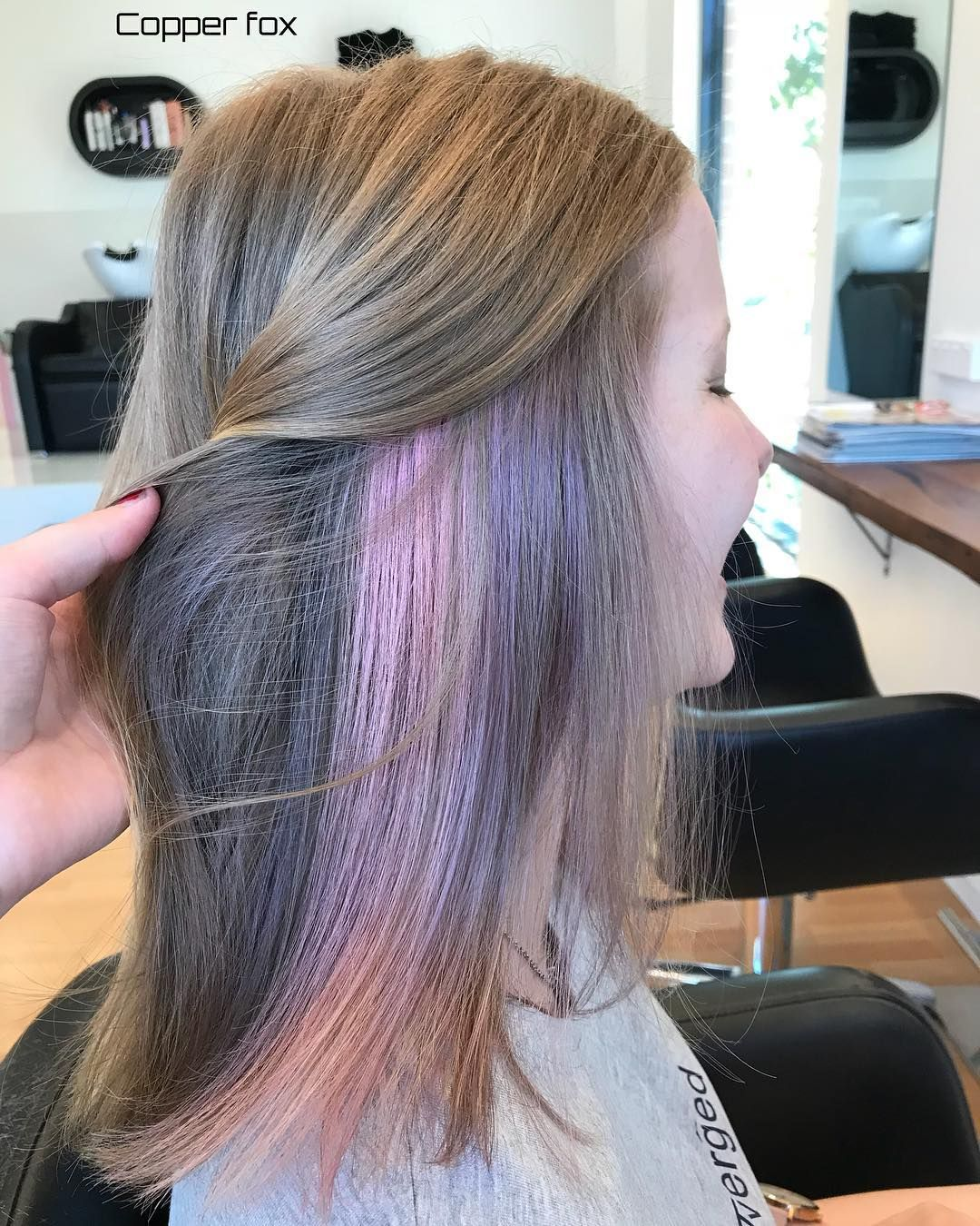 A Little Bit Of Pastel Purple Pink To Brighten Up Your Thursday Peek A Boo Fun Lights On Maddy Stylist Britten For Al Hair Hair Beauty Hair Inspiration
