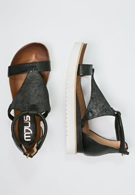 Köp MJUS SPAK - Sandaletter med kilklack - nero för 1095,00 kr (2016-04-17) fraktfritt på Zalando.se