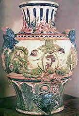 Resultado de imagem para fotos de vasos e porcelanas portuguesas