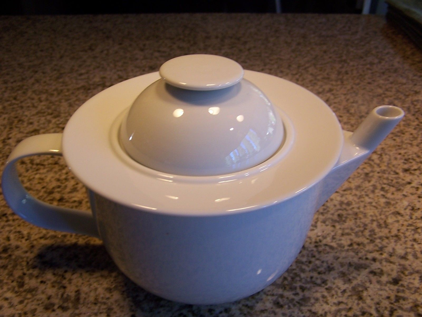 fashion style lowest price price reduced Excellent Alessi Tendentse Germany White Porcelain Teapot ...