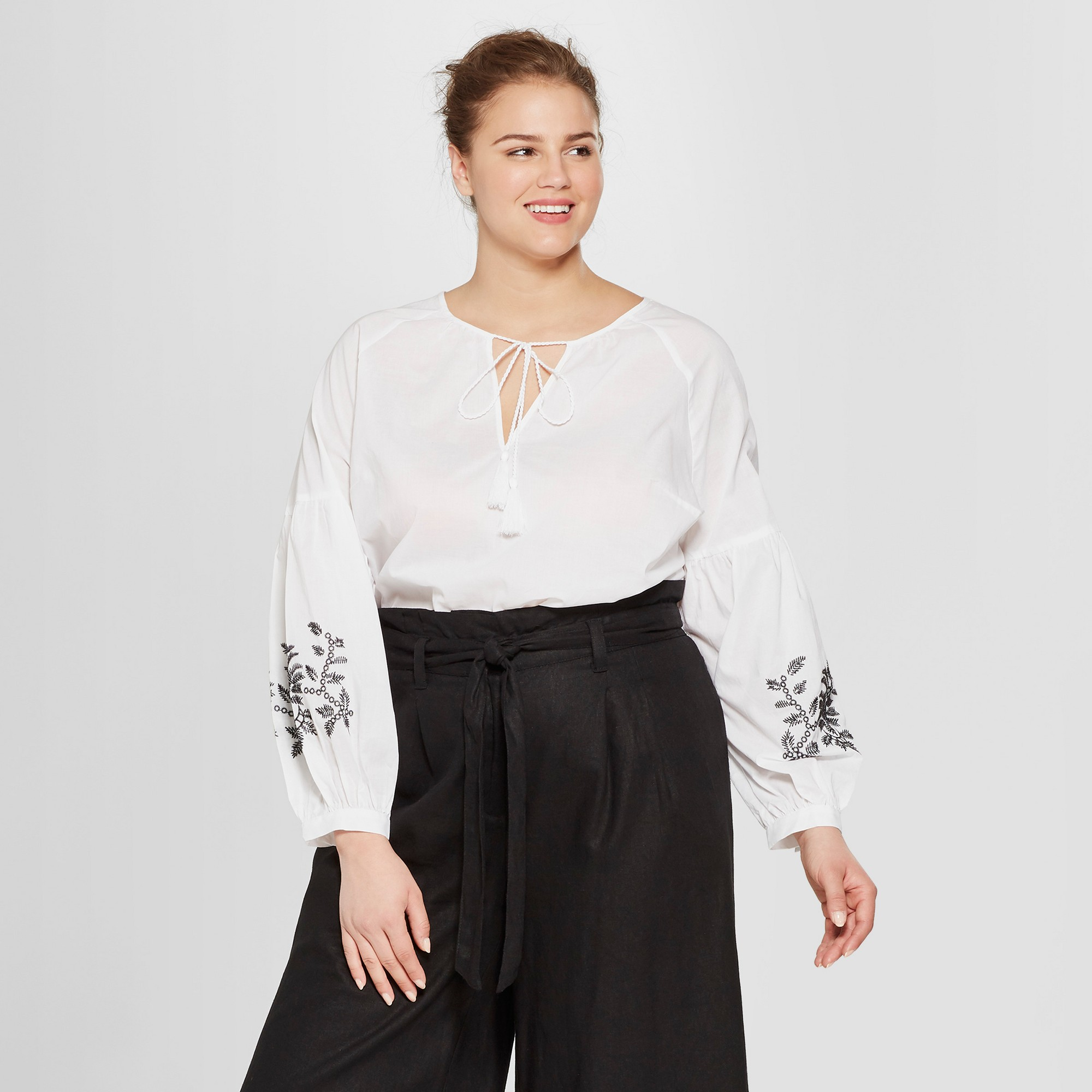c368b1e4acc755 Women's Plus Size Long Sleeve Embroidered Blouse - Who What Wear White 4X