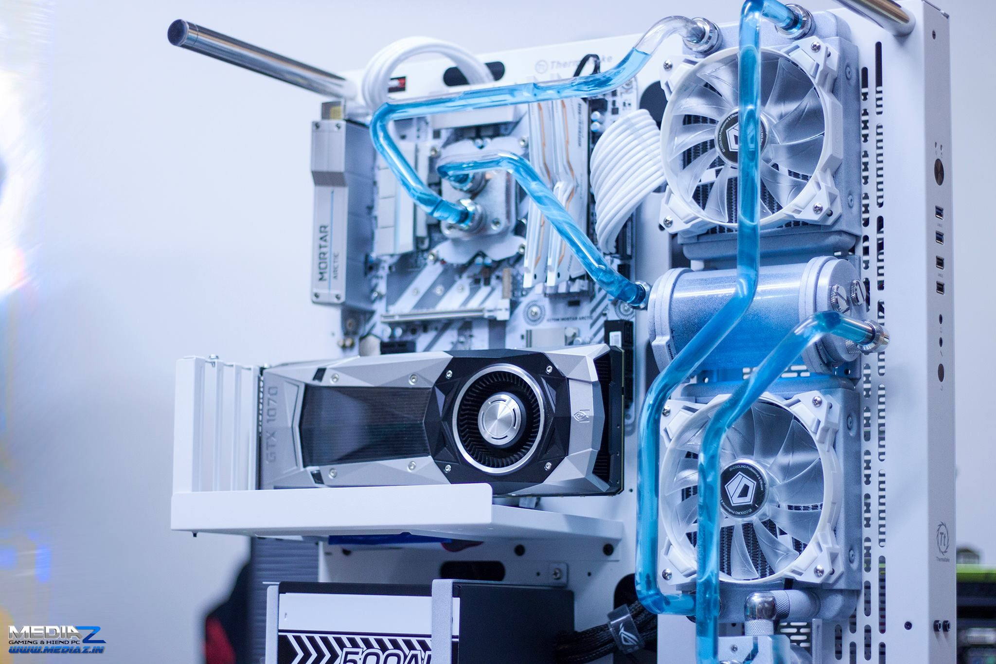 wow pure white with light blue watercooling fluid this beast can