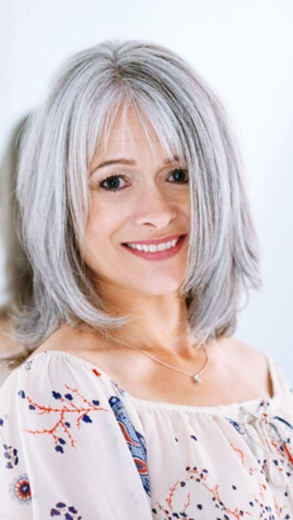 40 Kurze Frisuren Fur Frauen Uber 50 Neue Besten Frisur Frisuren Graue Haare Graue Frisuren Mittellanger Haarschnitt