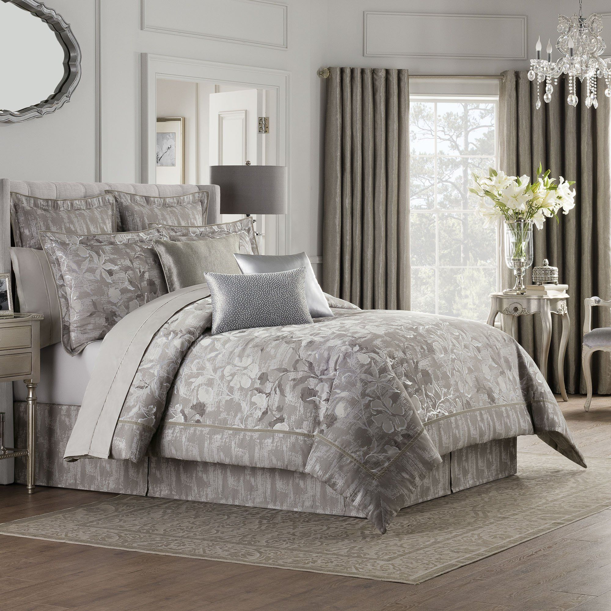 Valeron Fiesol Silver 4Piece Comforter Set in 2020