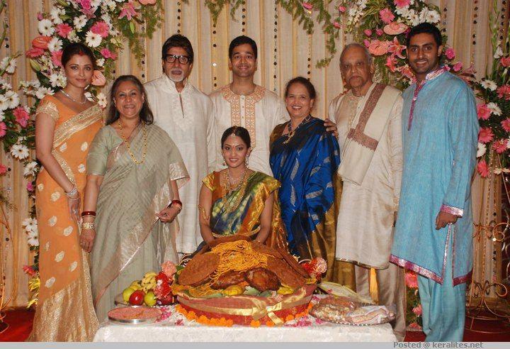 Aishwarya Rai Family Veethi Wedding Photo Gallery Aishwarya Rai Wedding Pictures Wedding Photos