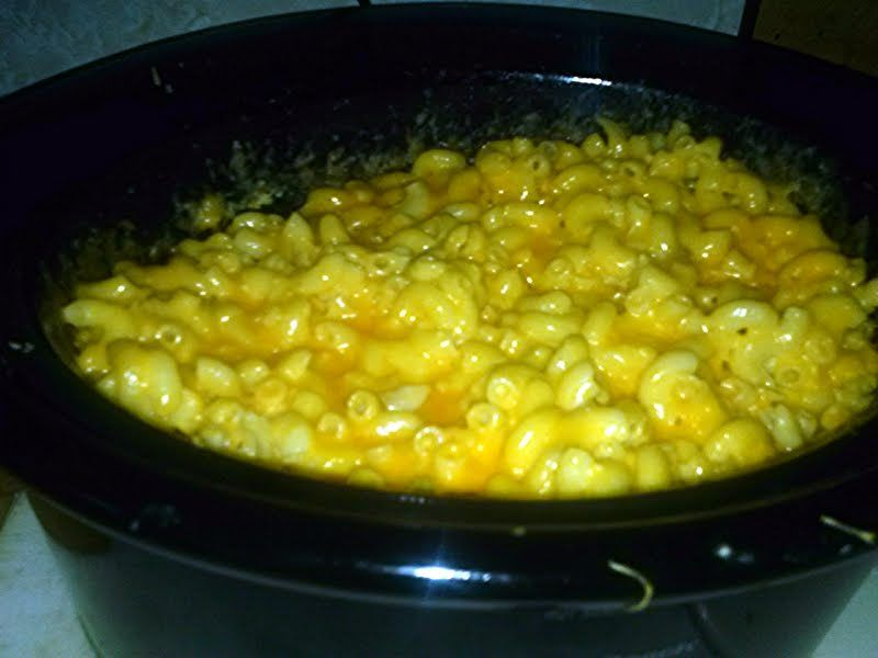 """Crock-Pot Mac and Cheese - """"I love this recipe ! (L)"""" @allthecooks #recipe"""