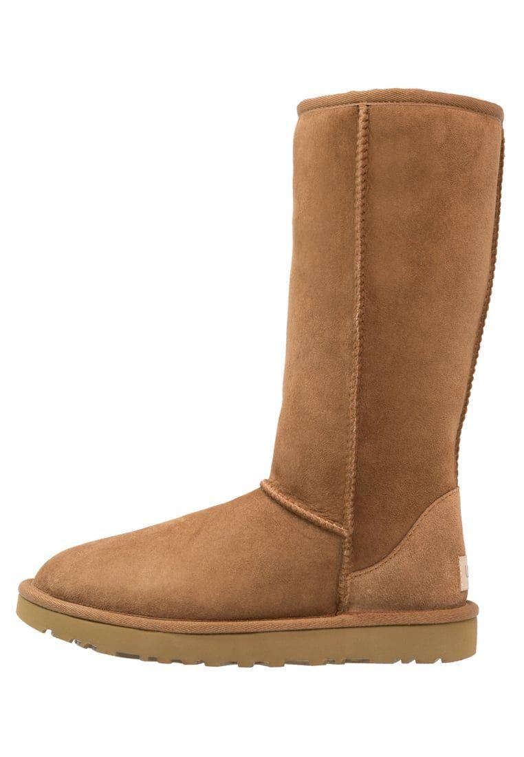 39c572027d54c Consigue este tipo de botas de nieve de UGG ahora! Haz clic para ver ...