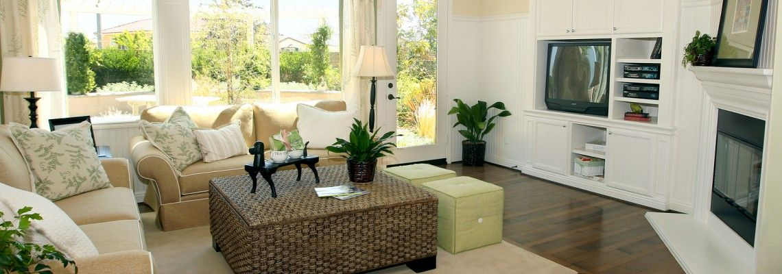 Declutter to simplify your life I love this light and airy living