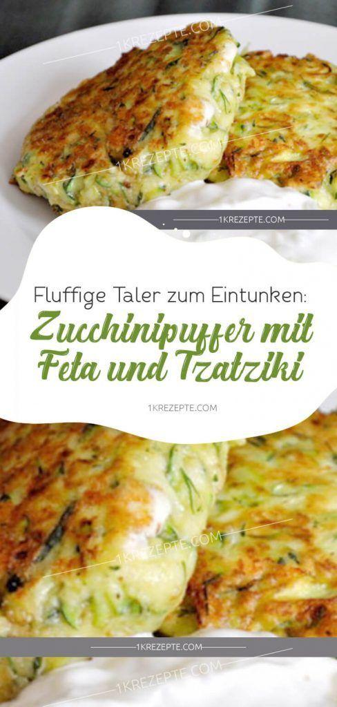 Fluffige Taler zum Eintunken: Zucchinipuffer mit Feta und Tzatziki #gesundesessen