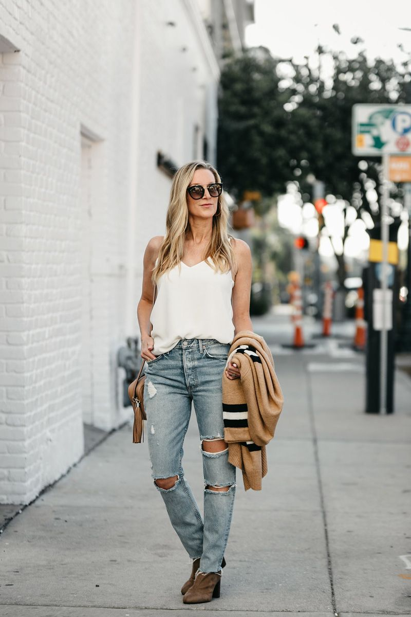 The Fall Staples You Re Going To See Everywhere Check More At Http Www Decorationandfashion Net The Fall Staples Youre Fashion Style Clothes Design