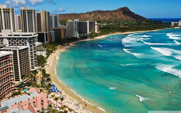 Hawaiian Beach Escape for the Family