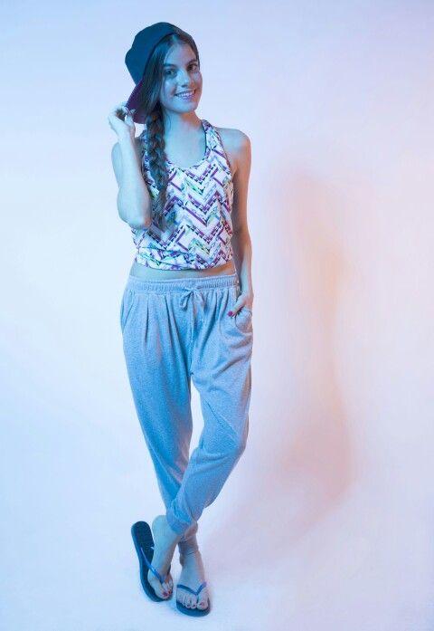 Gorra KNX + Musculosa Triángulos + Summer Jogger