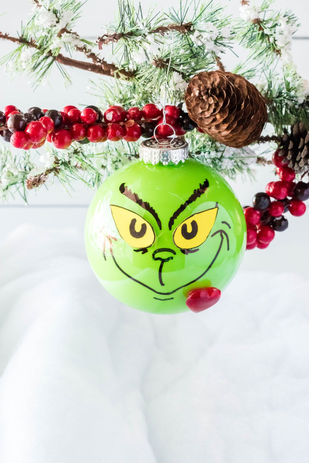 This Diy Grinch Ornament Is Easy To Make And The Perfect Addition To Any Christmas Tree Decor Christmas Crafts For Gifts Christmas Crafts How To Make Ornaments