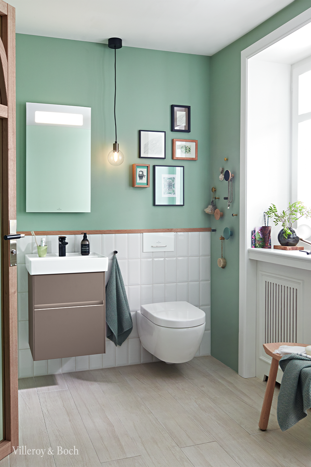 Light Up Your Guest Bathroom With High Quality Mirror Lighting Gaste Wc Wohnung Badezimmer Kleine Badezimmer Inspiration