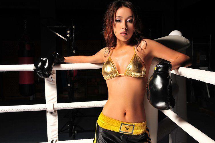 Frieda Hu Yun Er 1 74 52 Kg 89 63 5 89 Cm Melrose Hu Pinterest Chinese Model Models And Girls