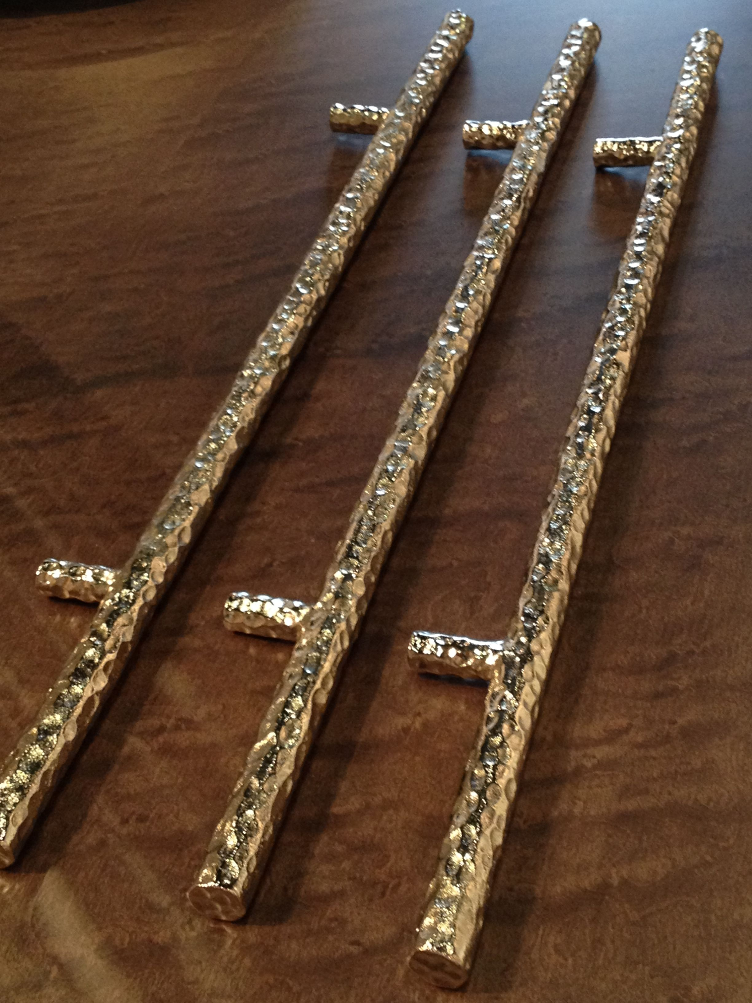 Nickel Plated Handles For Drawers In Showroom Dvernye Ruchki