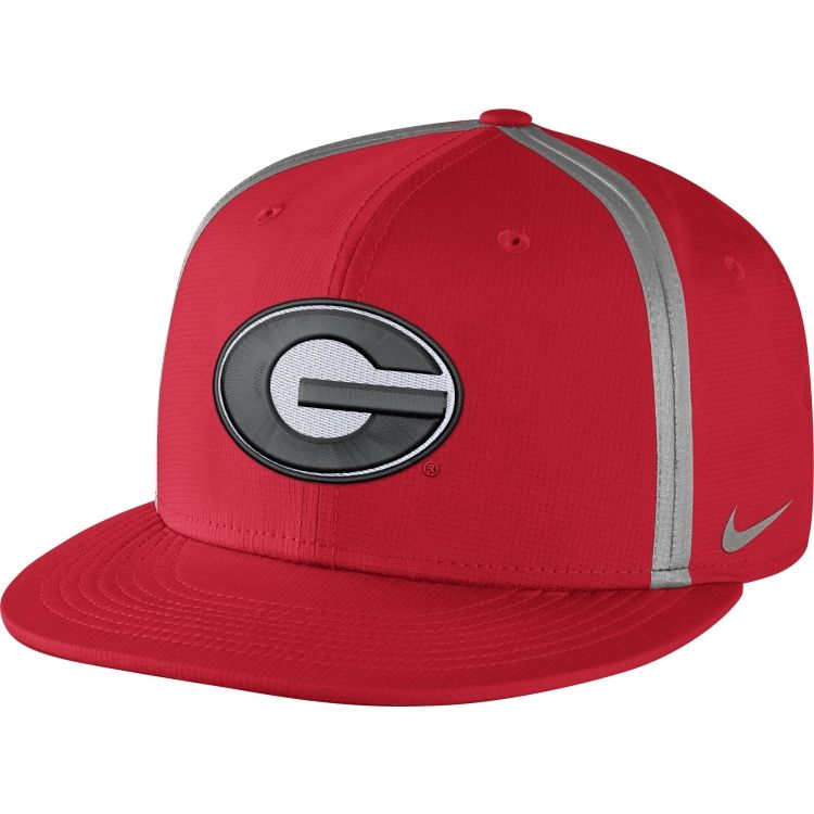 Nike Men's Georgia Bulldogs Red Champ Drive True Snapback Hat | DICK'S  Sporting Goods