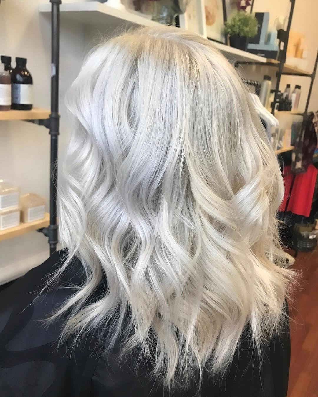 "84 tykkäystä, 3 kommenttia - Black Lotus Salon 360.423.8087 (@blacklotussalon) Instagramissa: ""Ice 👸🏼 