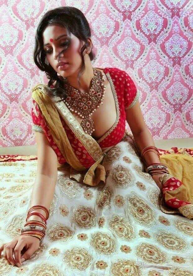 Pakistani wife facial