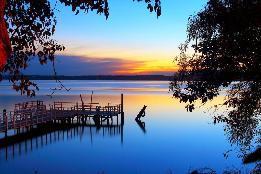 * Lago Ypacaraí *  Paraguai.