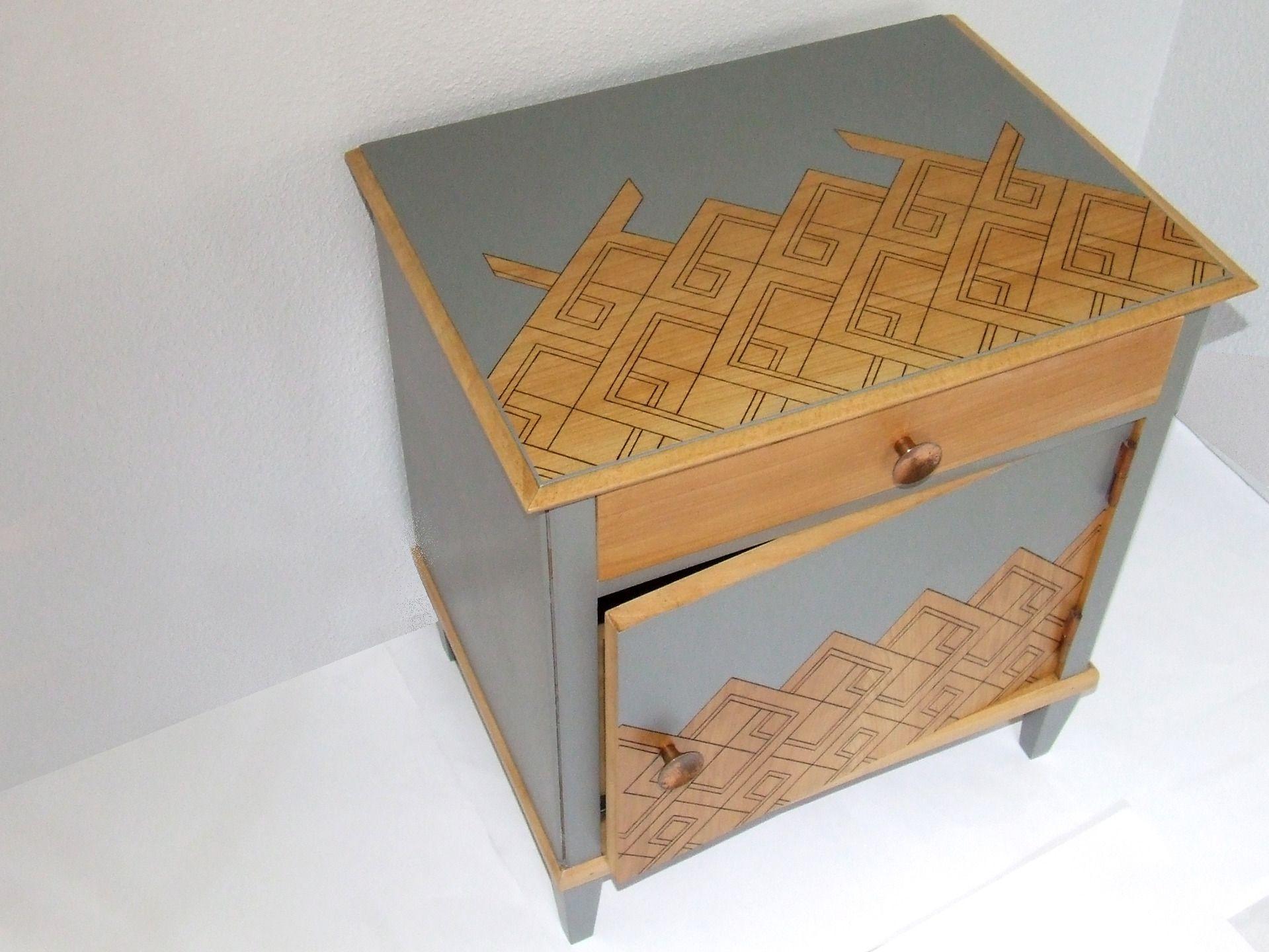 petit meuble de rangement ou table de chevet vintage en. Black Bedroom Furniture Sets. Home Design Ideas