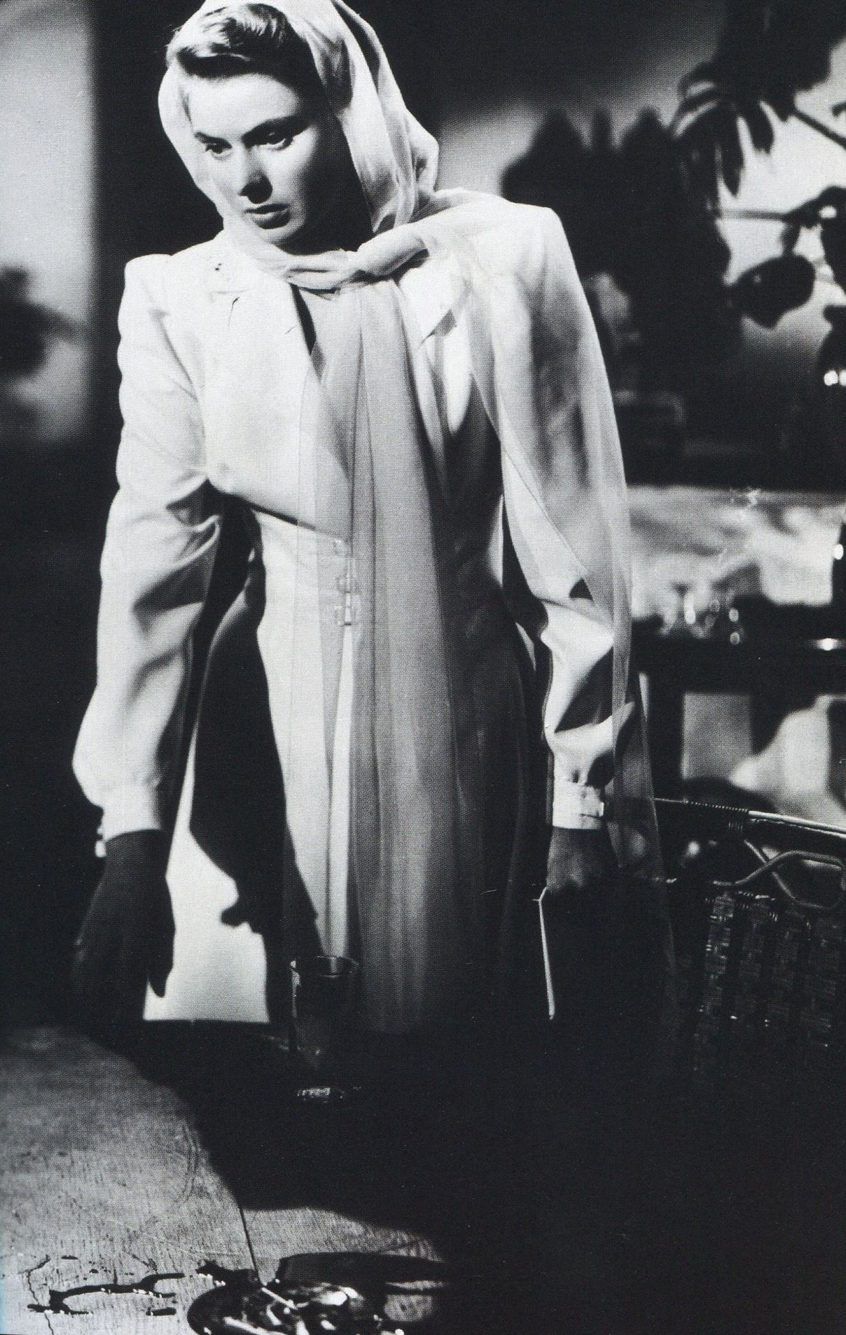 Ingrid Bergman in Casablanca (1942)  sc 1 st  Pinterest & Ingrid Bergman in Casablanca (1942) | Costume | Pinterest | Cine ...
